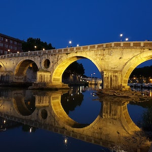 5 Unusually Romantic Things to Do in Rome
