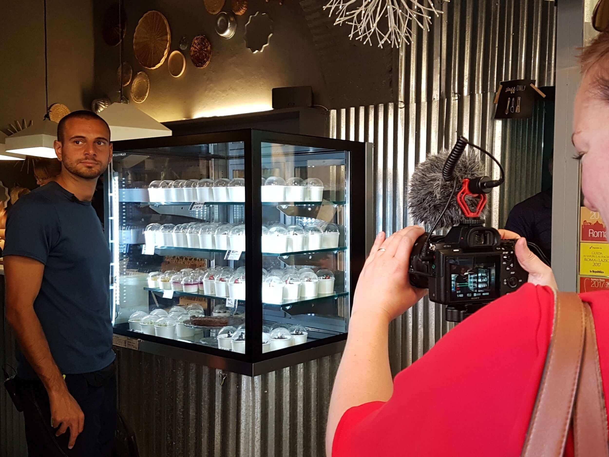 Local Aromas guide in a tiramisu store